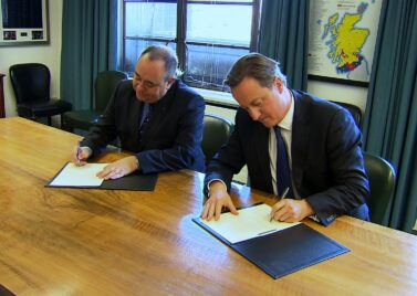 Edinburgh Agreement signing [source: Scottish Government]