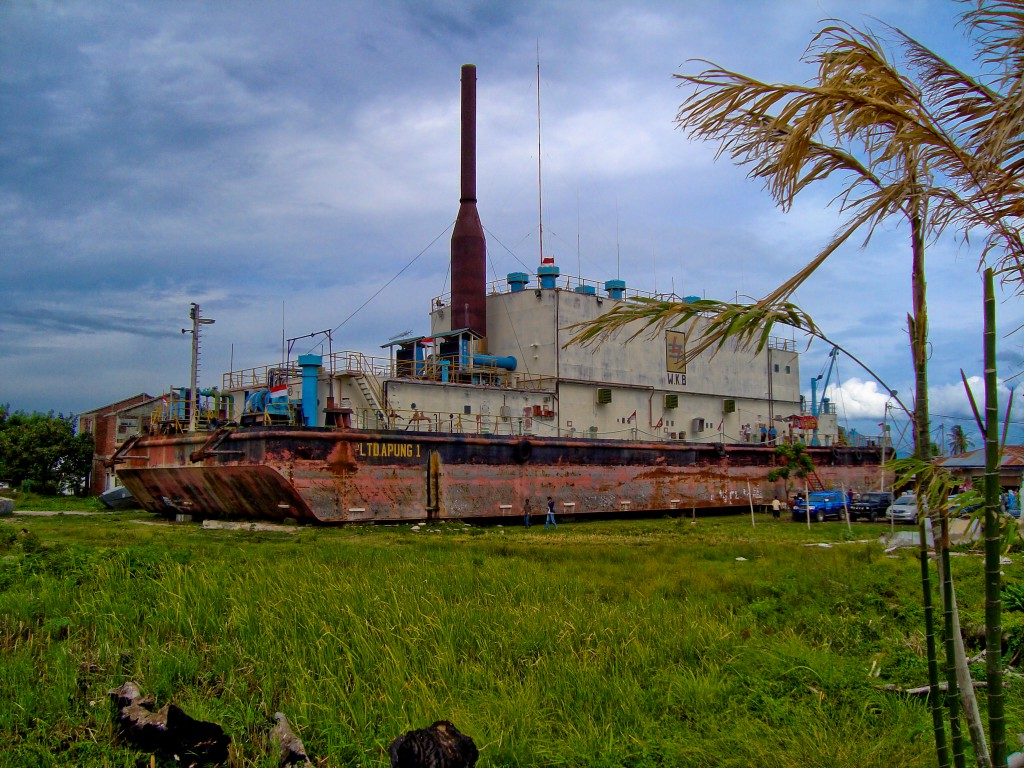 A generator ship washed some 5km inland by the tsunami in Aceh Province (Source: Andy Doyle)